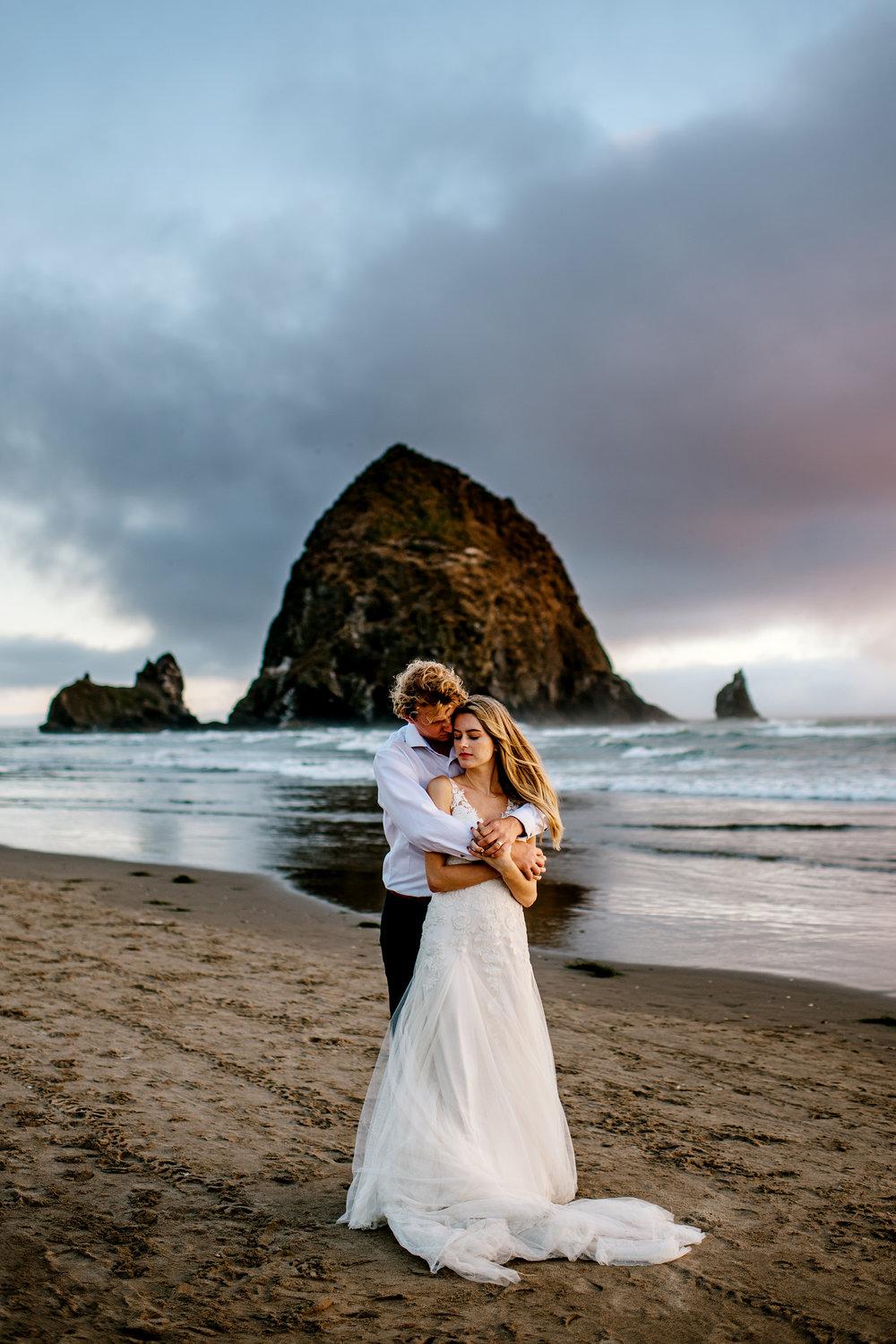 Oregon-Coast-Engagment-Session-Wedding224.jpg