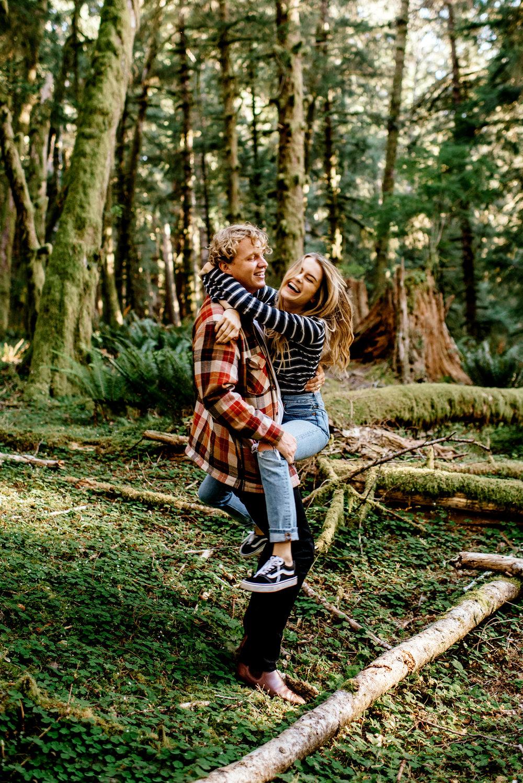 Oregon-Coast-Engagment-Session-Wedding075.jpg