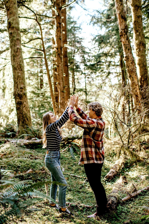 Oregon-Coast-Engagment-Session-Wedding046.jpg
