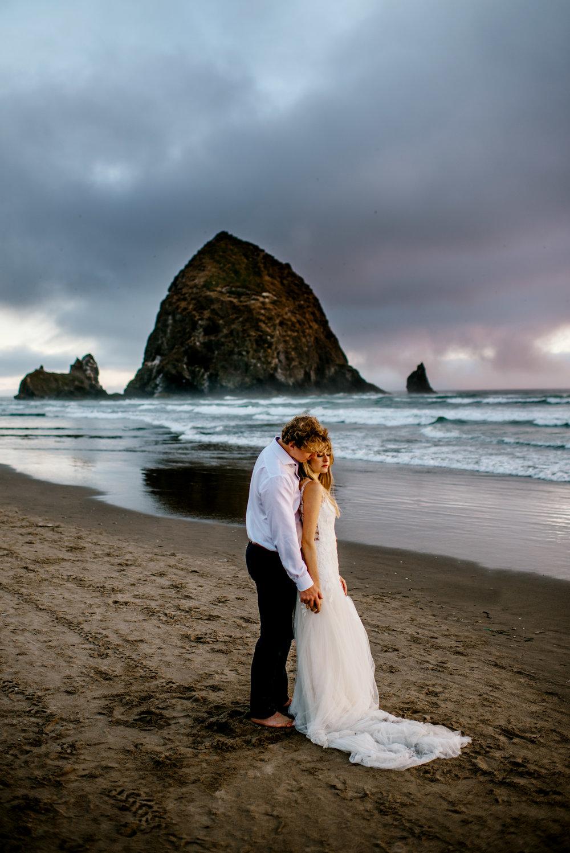 Oregon-Coast-Engagment-Session-Wedding233.jpg