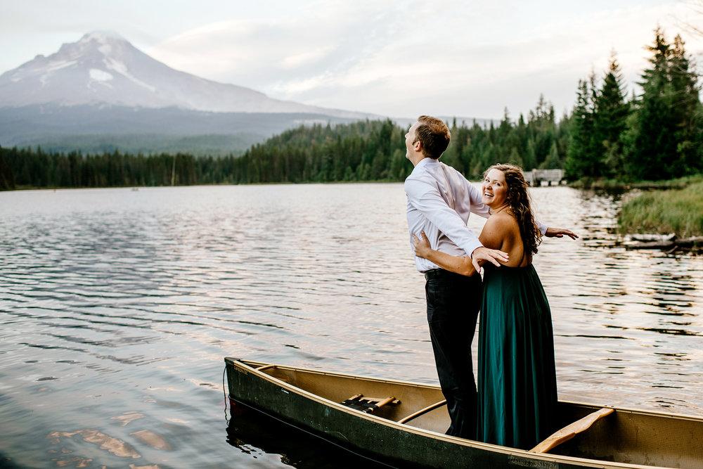 Trillium-lake-Engagement-Photos-Portland-wedding-photography143.jpg
