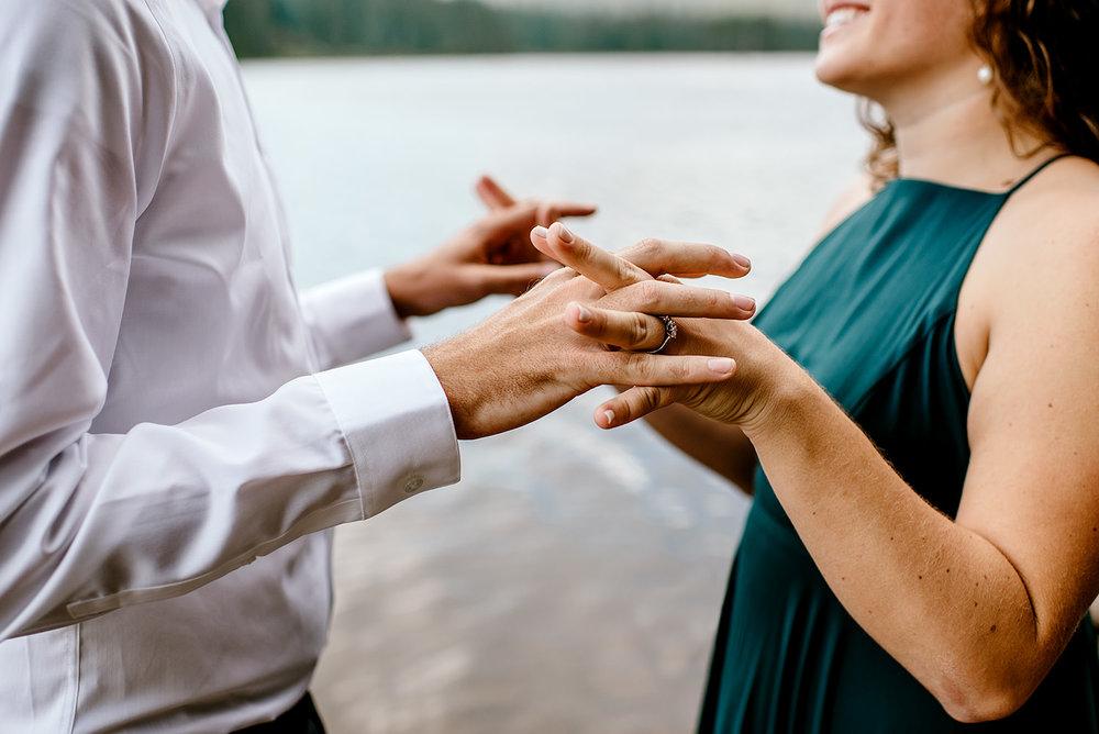 Trillium-lake-Engagement-session-Portland-wedding-photography151.jpg