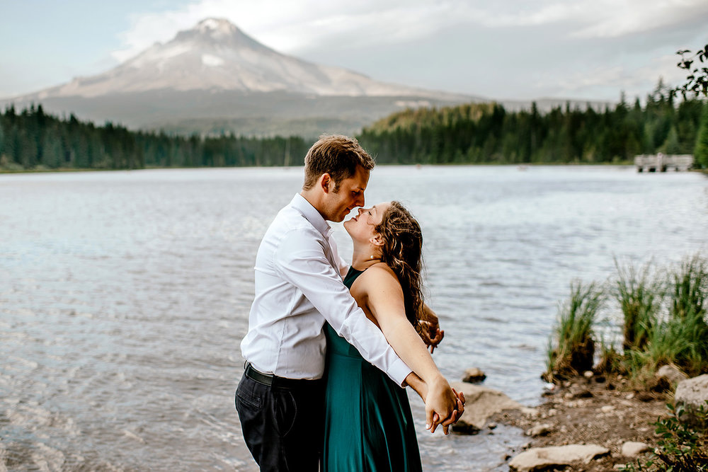 Trillium-lake-Engagement-session-Portland-wedding-photography152.jpg