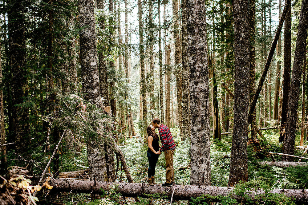 Trillium-lake-Engagement-session-Portland-wedding-photography024.jpg