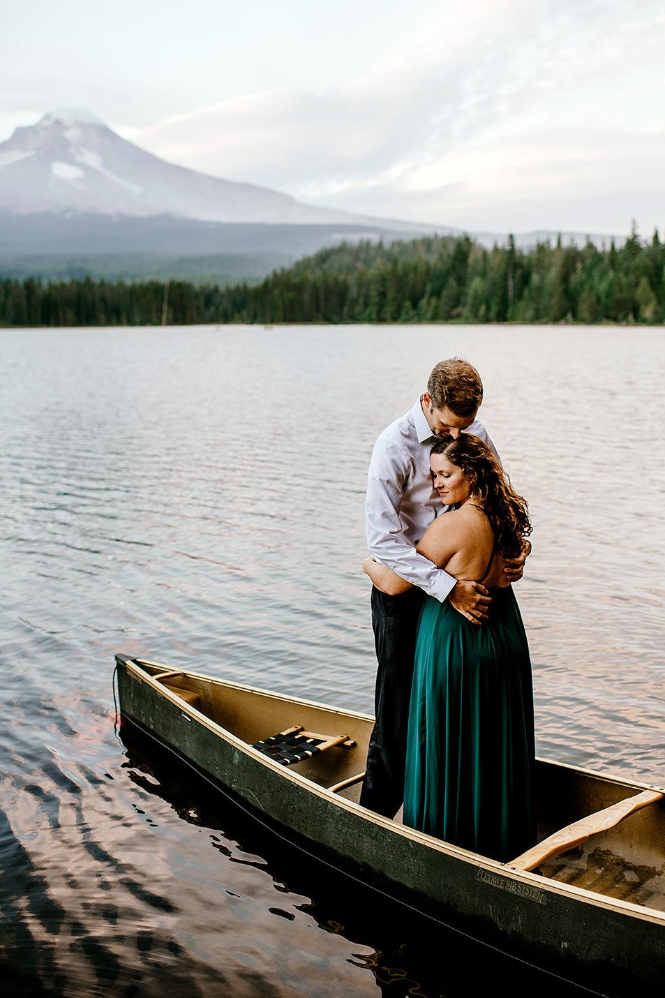 Trillium-lake-Engagement-session-Portland-wedding-photography203.jpg