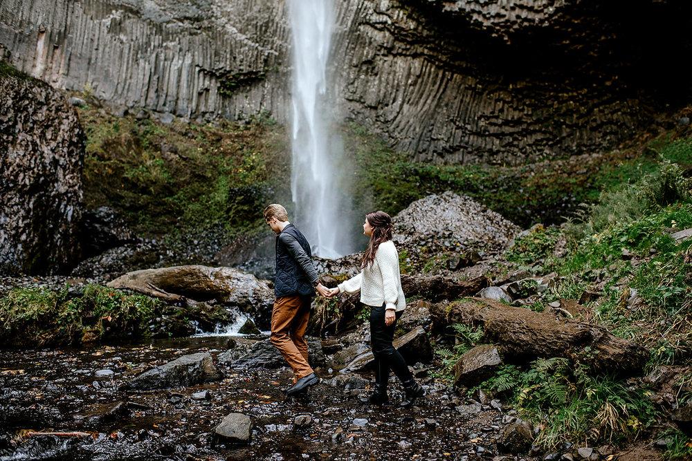 columbia-river-gorge-engagement-photos-Portland-Oregon-Photographer022.jpg