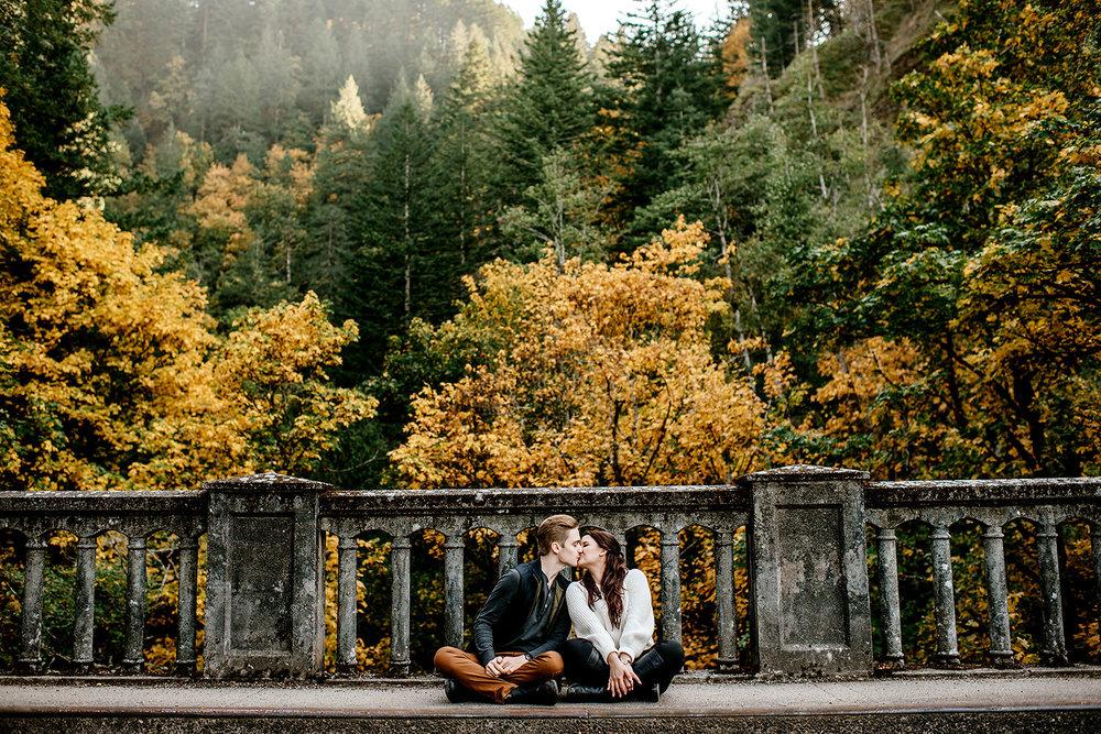 columbia-river-gorge-engagement-photos-Portland-Oregon-Photographer101.jpg