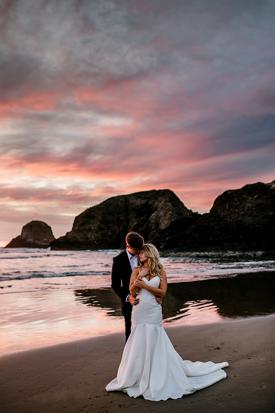 Jan-Tim-Cannon-Beach-wedding-photographer277.jpg