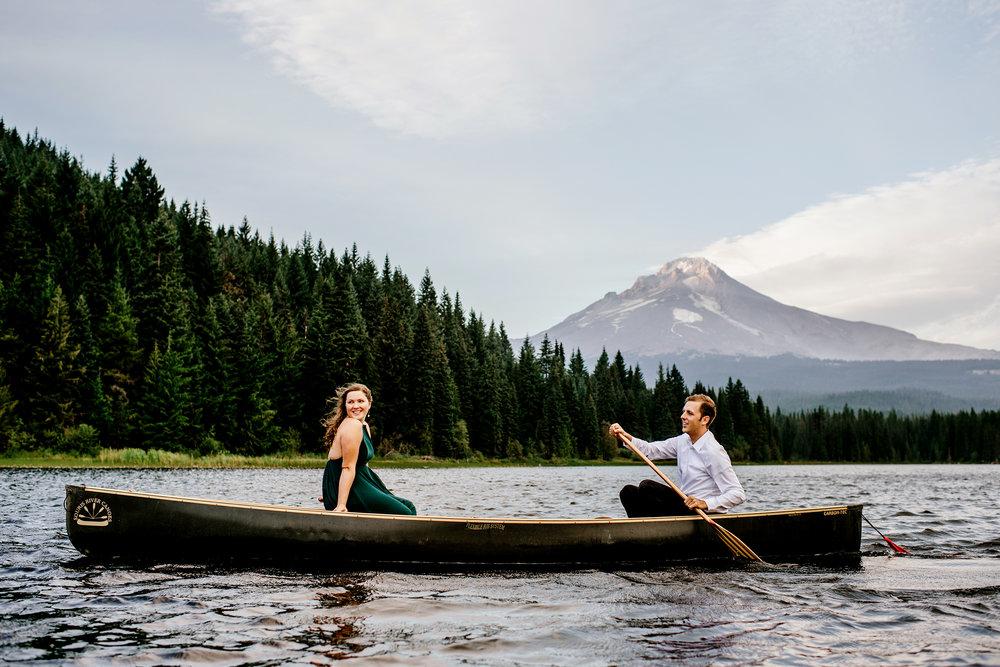 Trillium-lake-Engagement-Photos-Portland-wedding-photography138.jpg