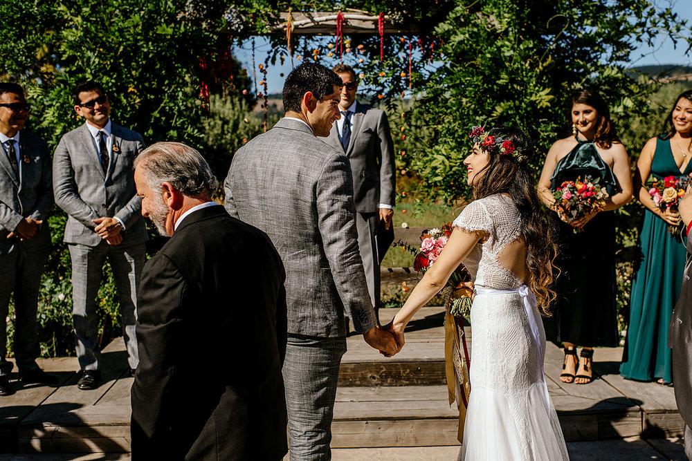 Tin-roof-Barn-wedding-Portland-Oregon-wedding-photographer-0378.jpg