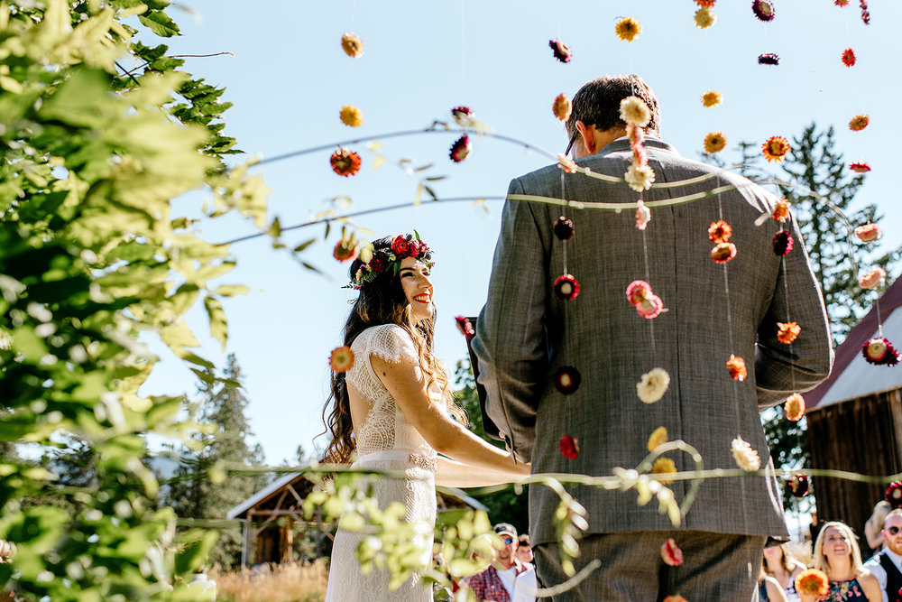 Tin-roof-Barn-wedding-Portland-Oregon-wedding-photographer-0394.jpg