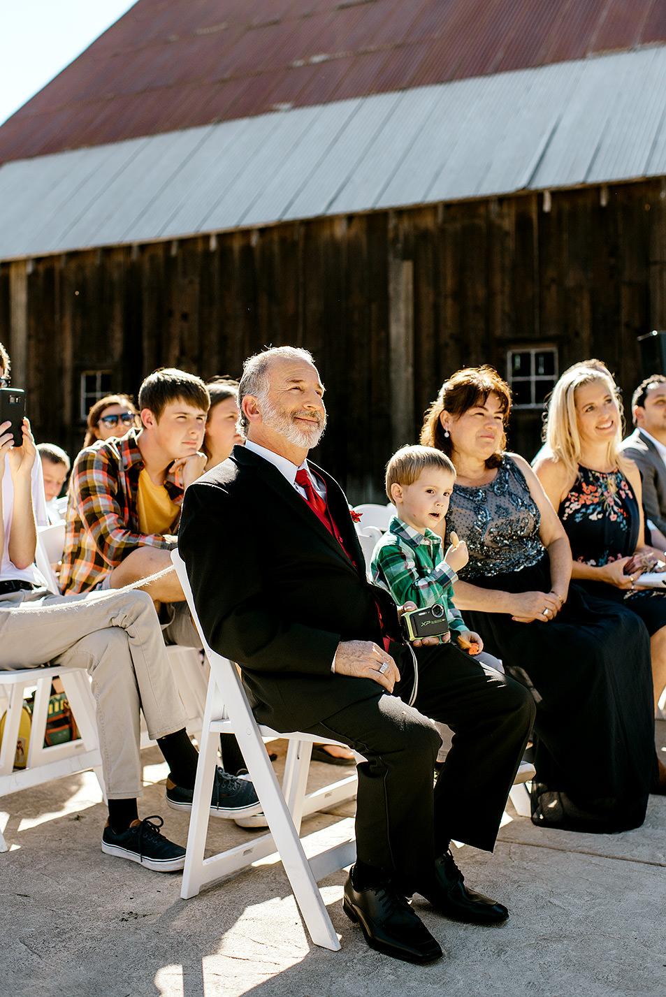 Tin-roof-Barn-wedding-Portland-Oregon-wedding-photographer-0430.jpg