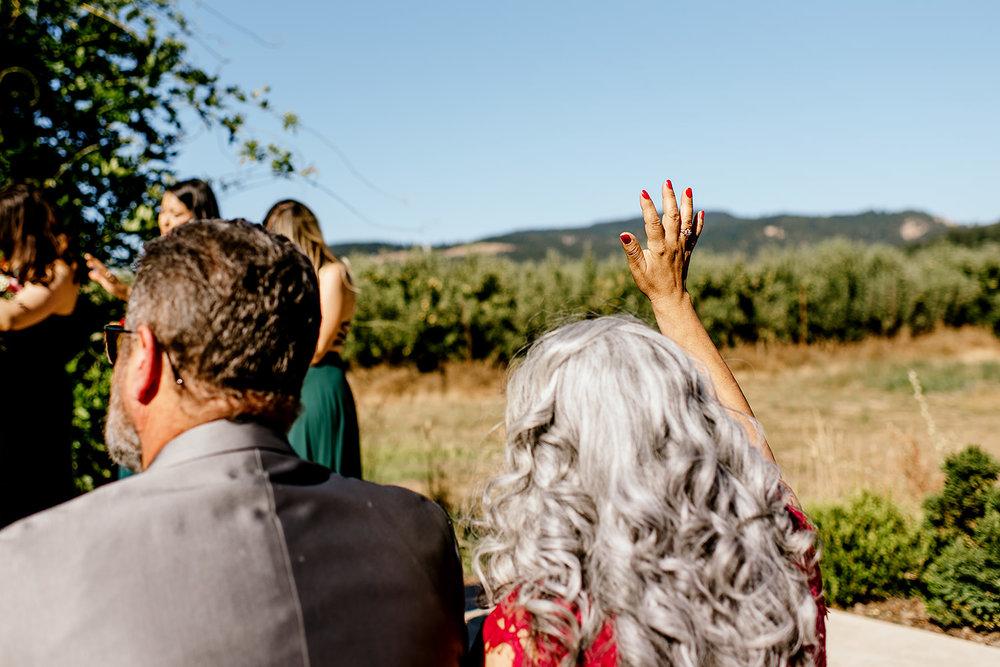 Tin-roof-Barn-wedding-Portland-Oregon-wedding-photographer-0433.jpg