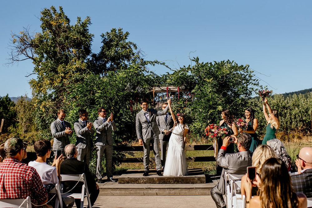 Tin-roof-Barn-wedding-Portland-Oregon-wedding-photographer-0450.jpg