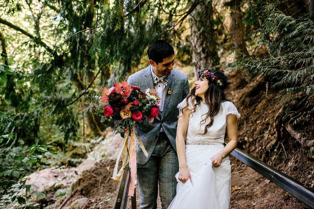 Tin-roof-Barn-wedding-Portland-Oregon-wedding-photographer-0534.jpg