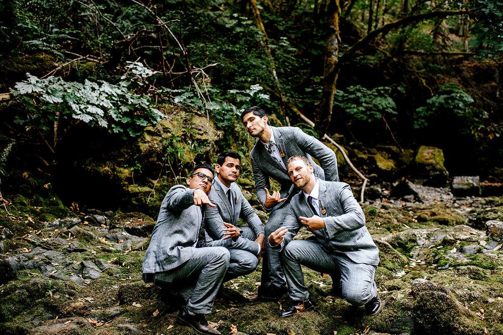 Tin-roof-Barn-wedding-Portland-Oregon-wedding-photographer-0597.jpg