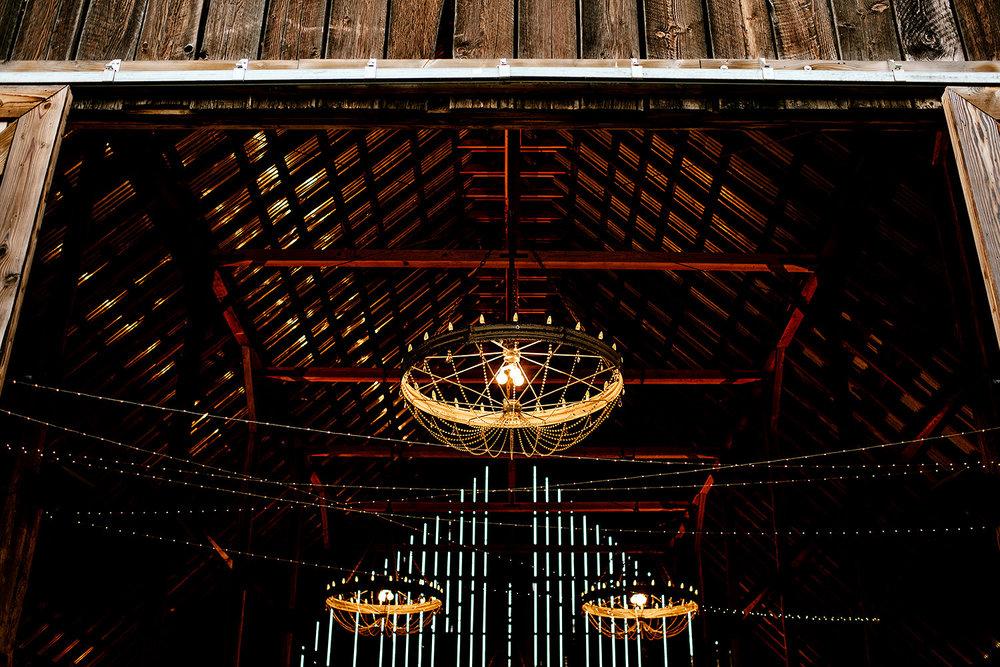 Tin-roof-Barn-wedding-Portland-Oregon-wedding-photographer-0949.jpg