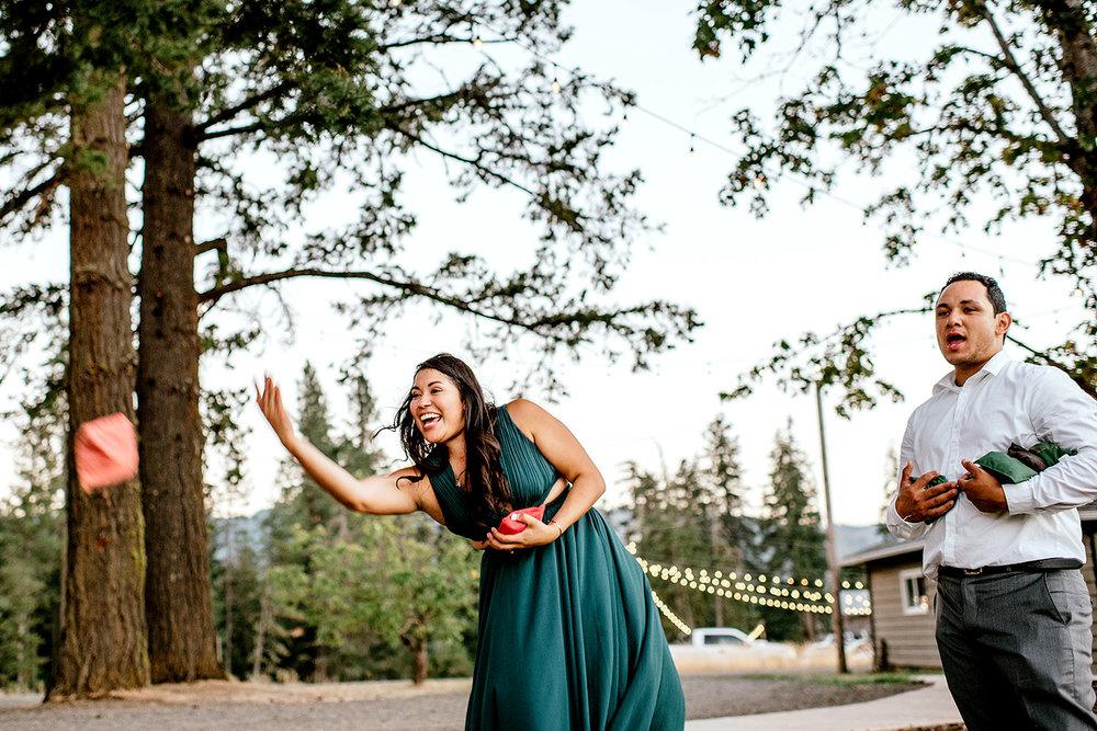 Tin-roof-Barn-wedding-Portland-Oregon-wedding-photographer-0960.jpg