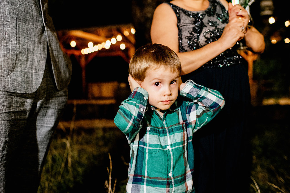 Tin-roof-Barn-wedding-Portland-Oregon-wedding-photographer-1093.jpg