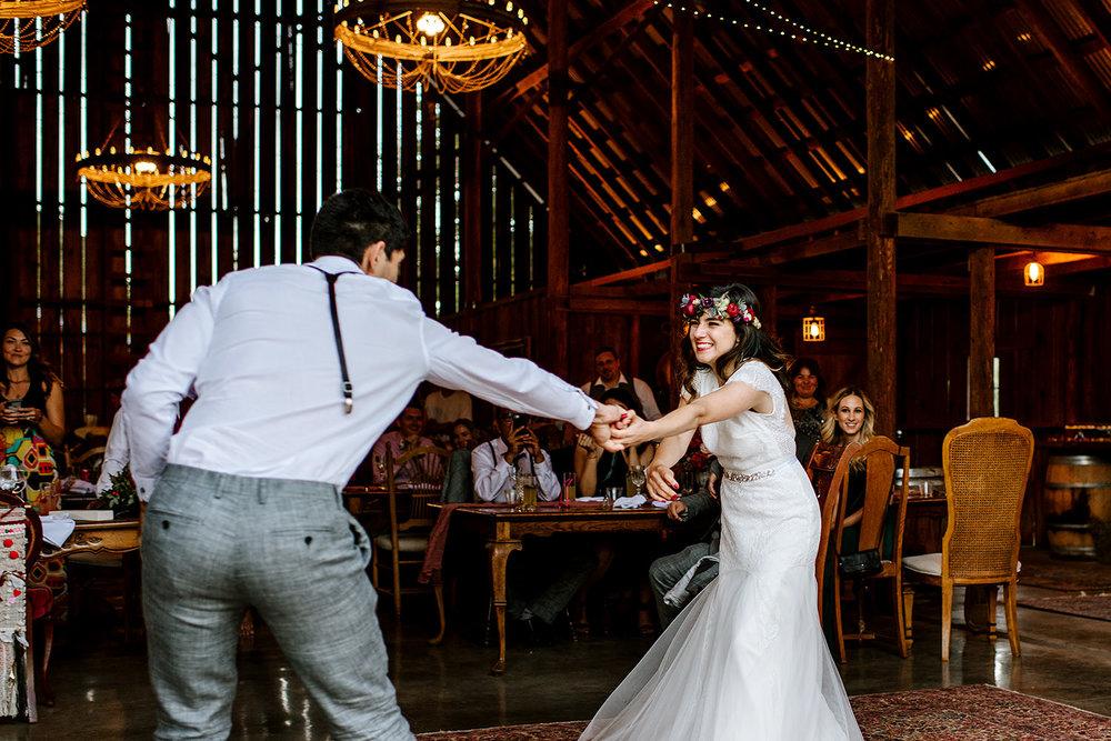 Tin-roof-Barn-wedding-Portland-Oregon-wedding-photographer-0892.jpg