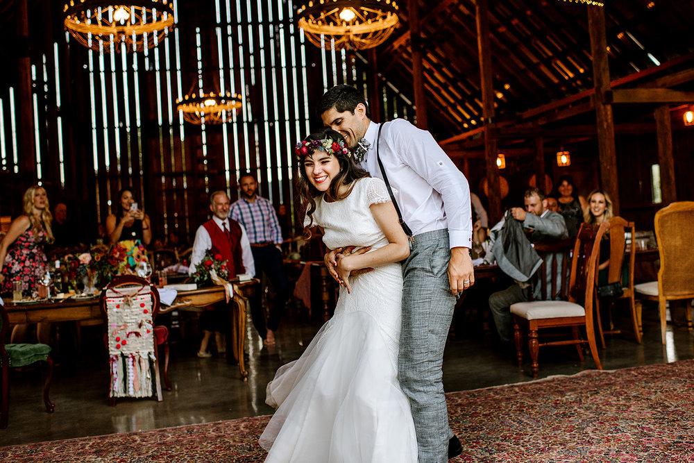 Tin-roof-Barn-wedding-Portland-Oregon-wedding-photographer-0898.jpg