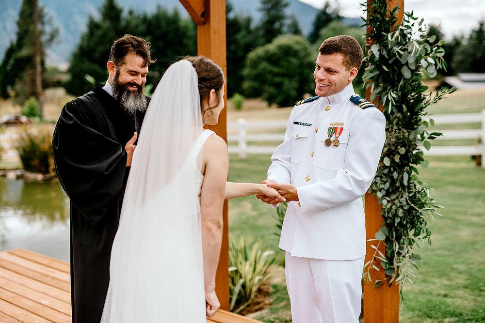 wind-mountain-ranch-wedding-Melissa-Sam400.jpg