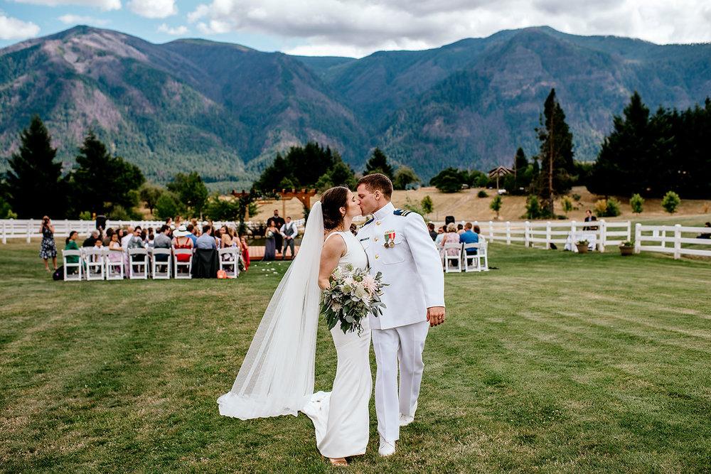 wind-mountain-ranch-wedding-Melissa-Sam430.jpg