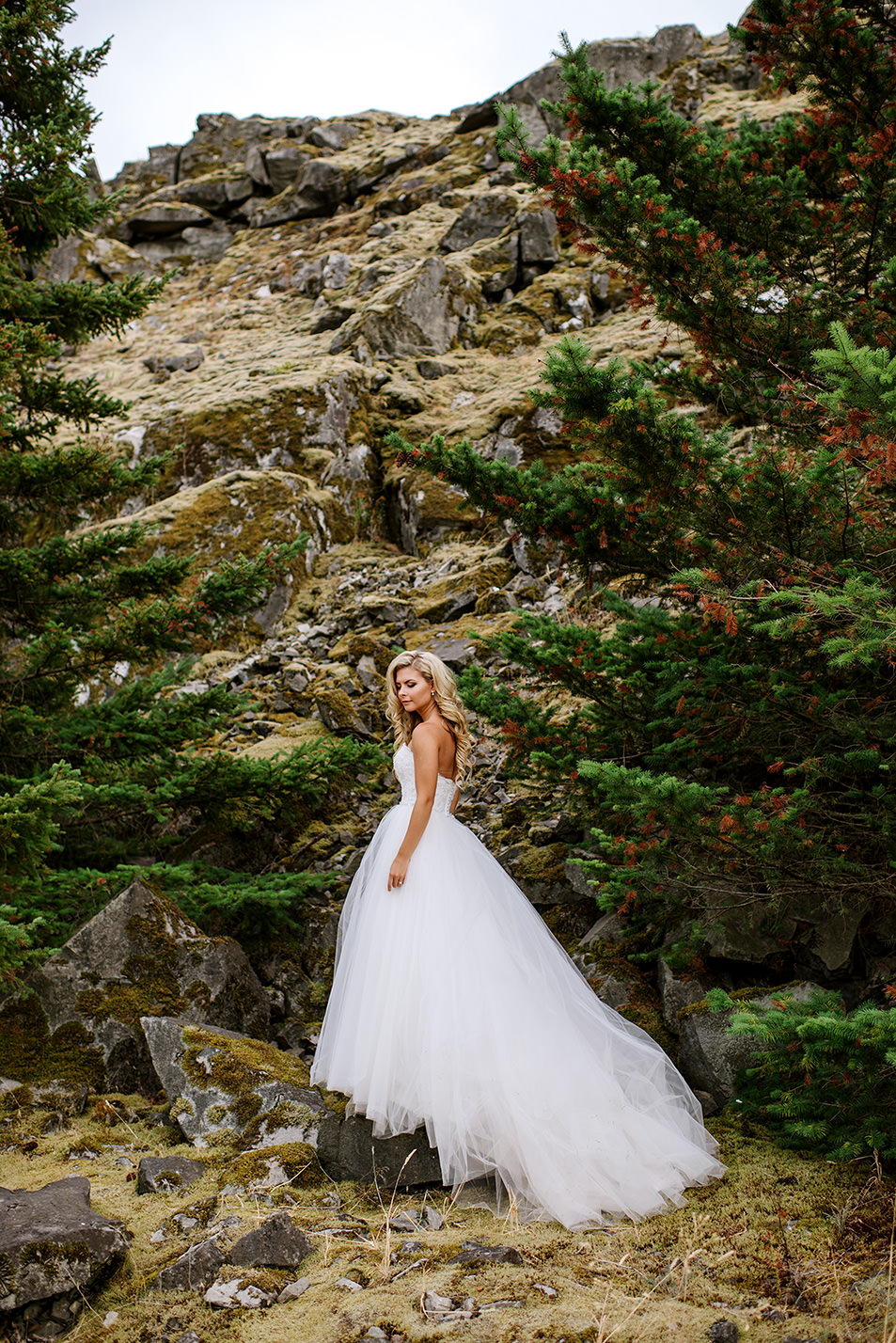 Portland-Wedding-Photographer-Columbia-River-Gorge-Wedding15.jpg