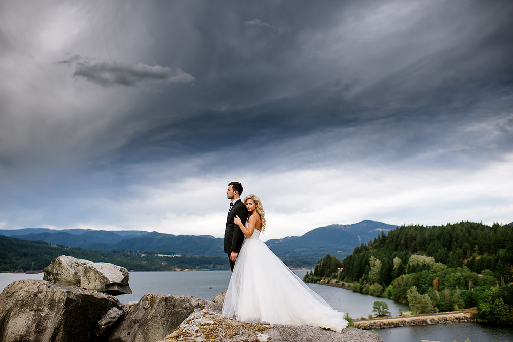Portland-Wedding-Photographer-Columbia-River-Gorge-Wedding33.jpg