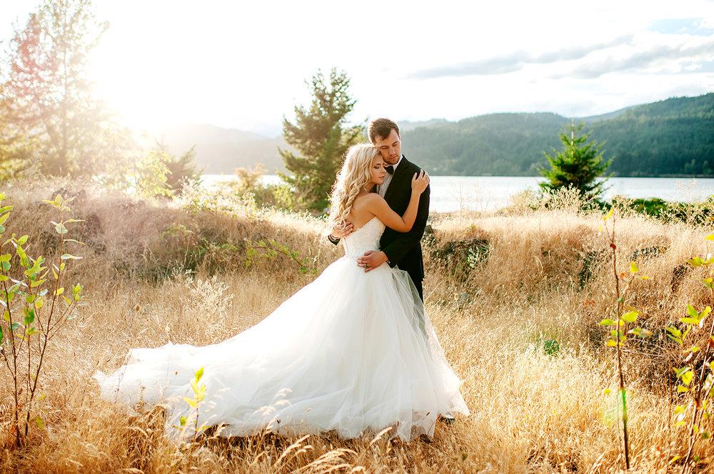 Portland-Wedding-Photographer-Columbia-River-Gorge-Wedding49.jpg