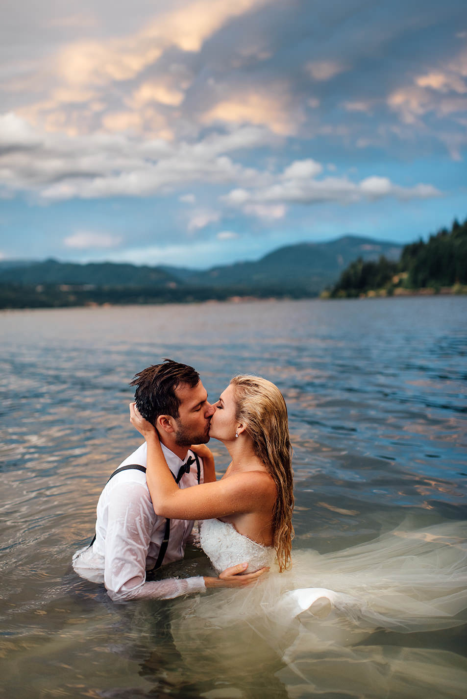 Portland-Wedding-Photographer-Columbia-River-Gorge-Wedding57.jpg