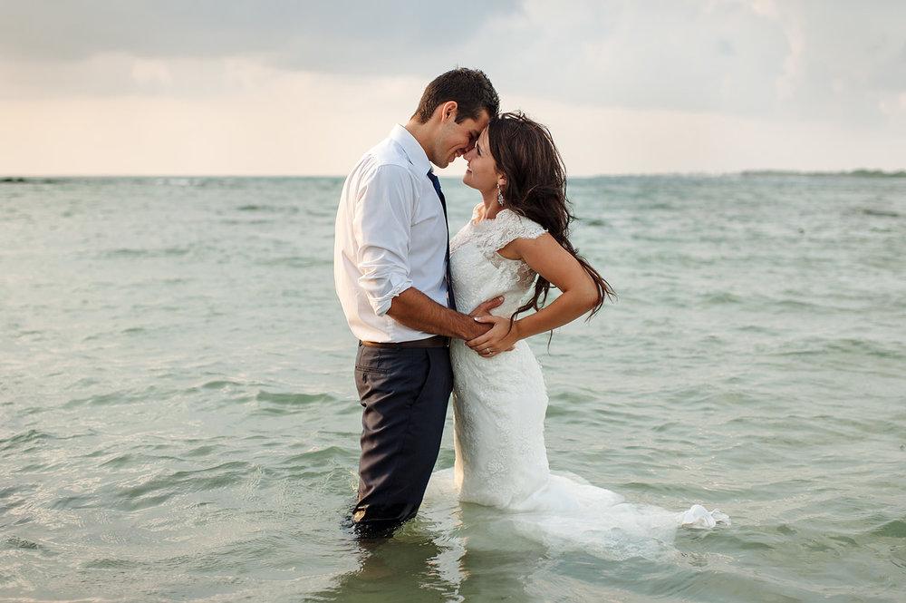 Kona-Hawaii-beach-wedding-Hawaii-wedding-Photographer43.jpg