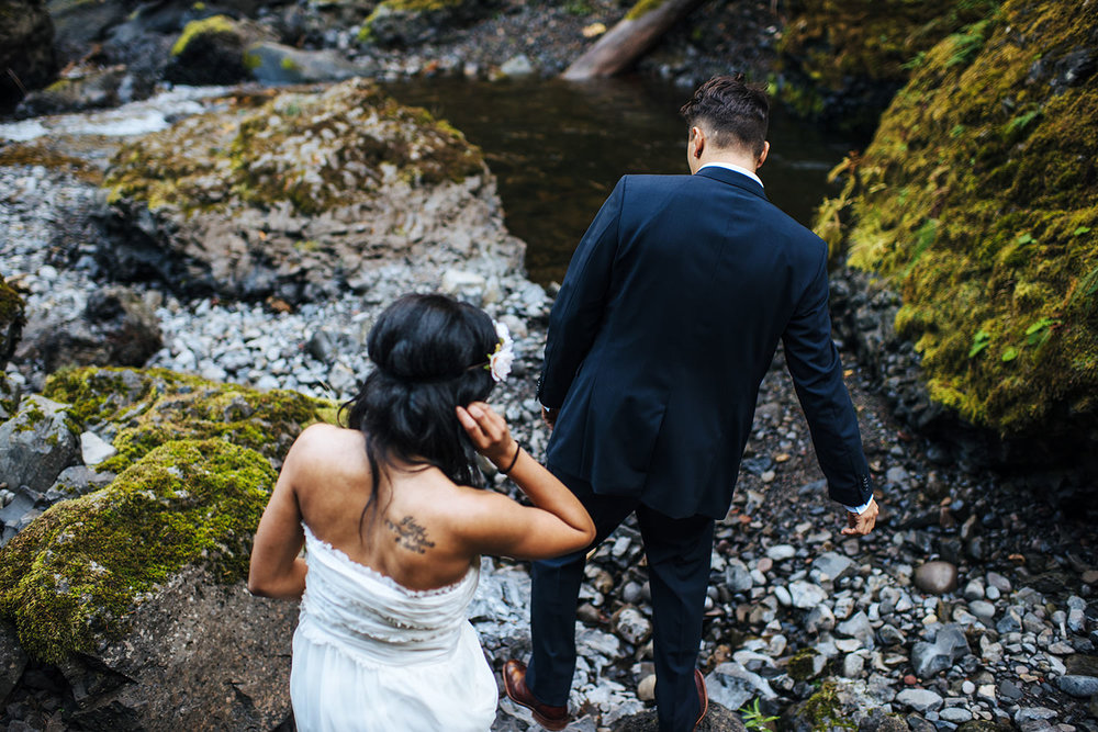 Latourell-falls-engagement-portland-wedding-photography14.jpg