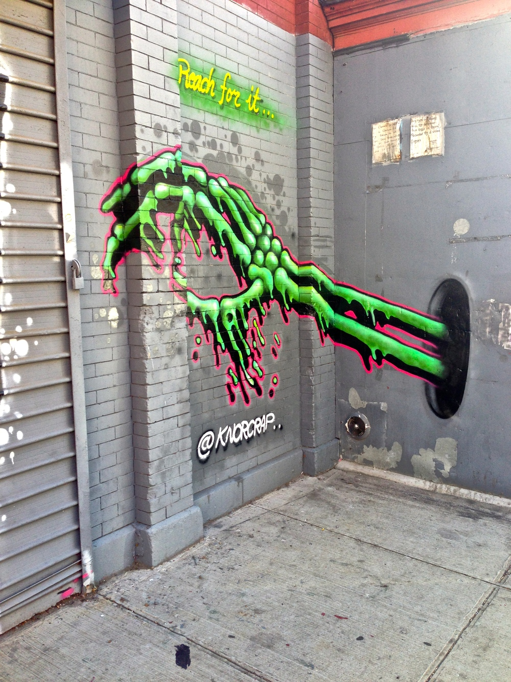 knor-crap-street-art-elevated-locals