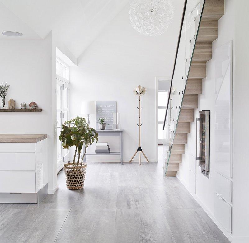 Danish House Tour - Minimalism in Greve4.jpg