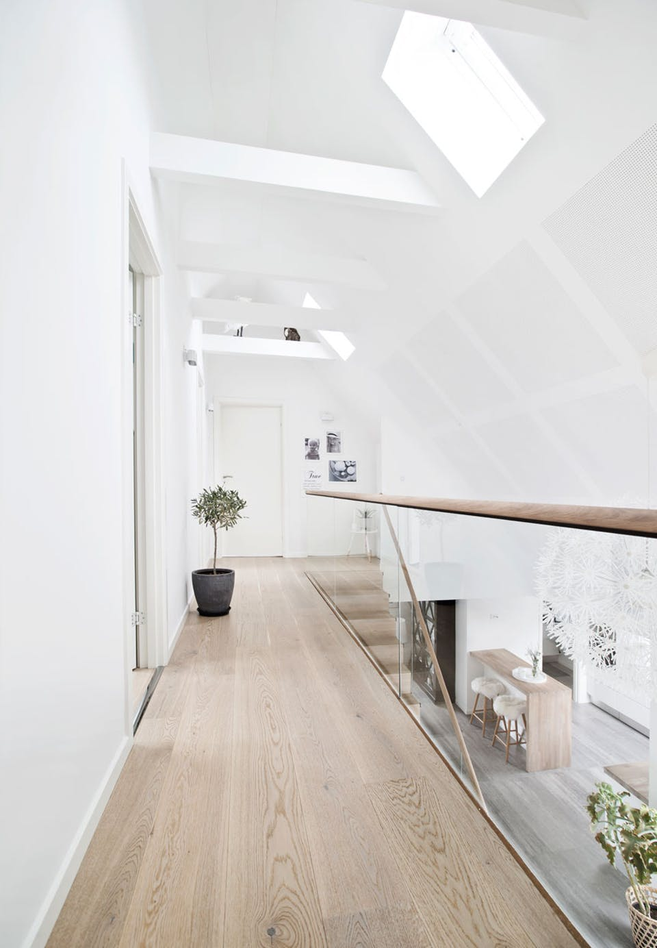 Danish House Tour - Minimalism in Greve16.jpg