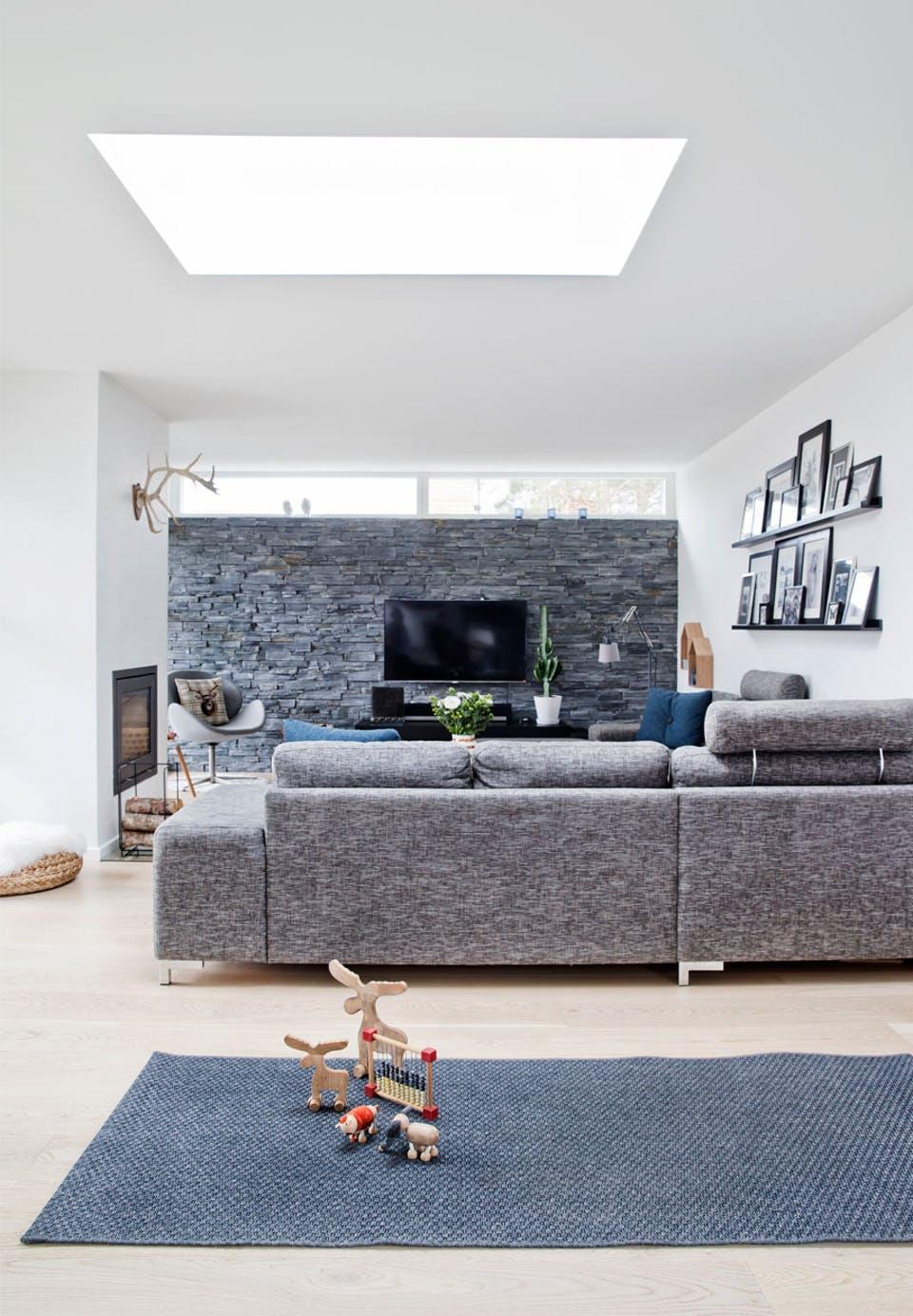 Danish House Tour - Minimalism in Greve19.jpg