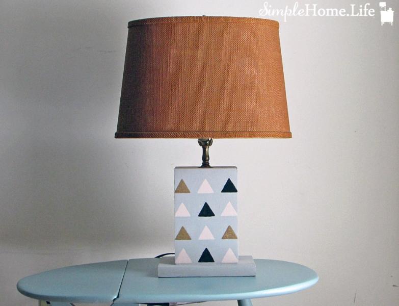 trianglelamp_6.jpg