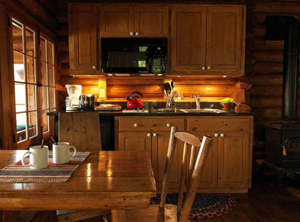 Cabin27_kitchen.jpg