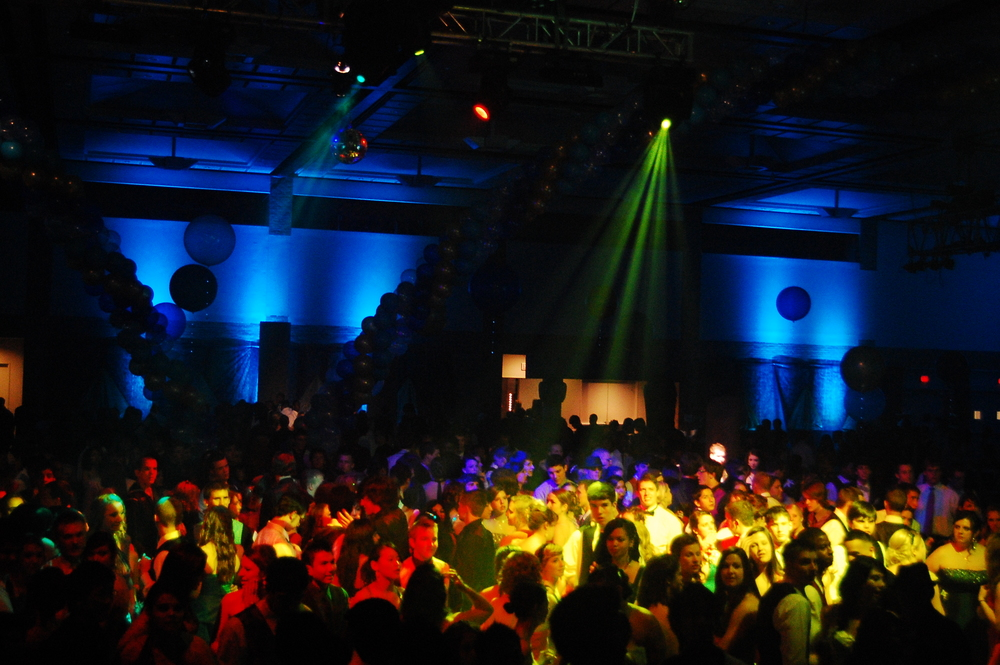 AHS Prom 2010_099.JPG