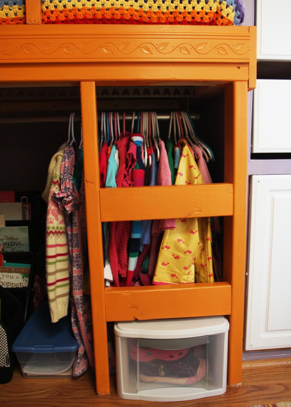 04_Bella's Closet.jpg