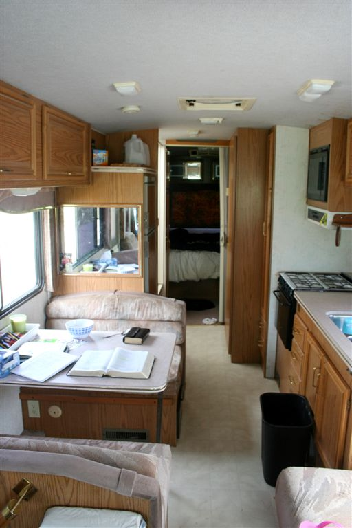 03_RV Interior Front BEFORE.jpg