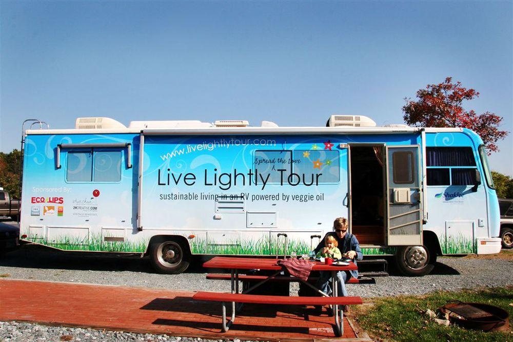 livelightlytourbus.jpg