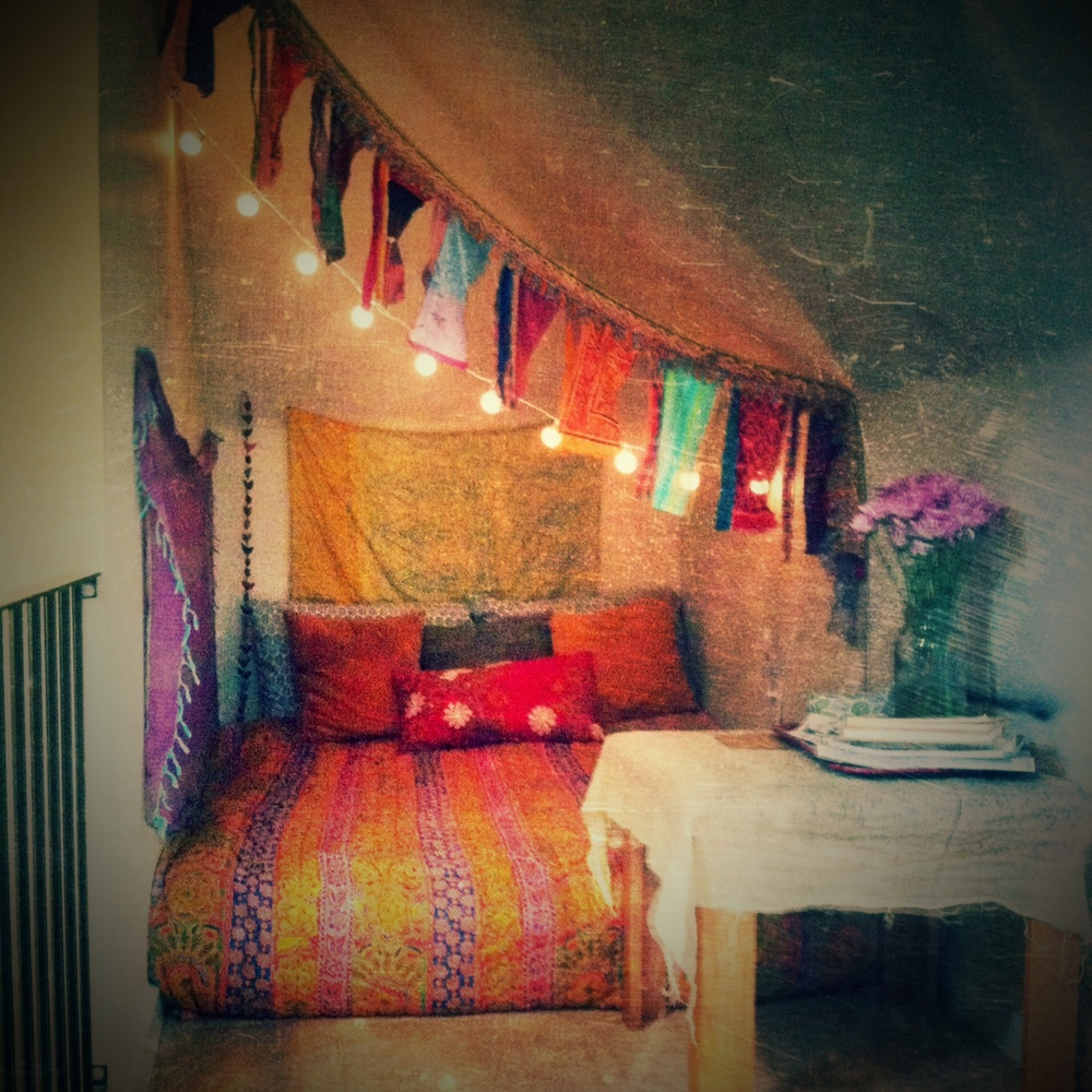 Sacred space nesting gypsy - Creating a meditation space ...