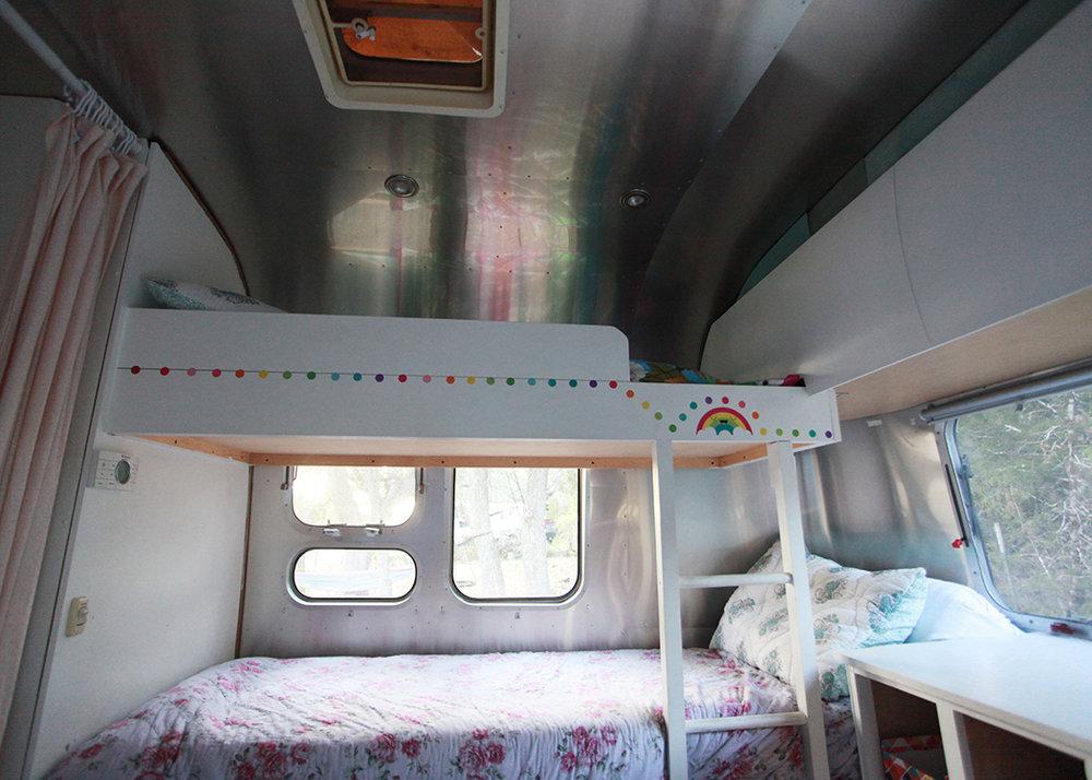 Airstream 12.jpg