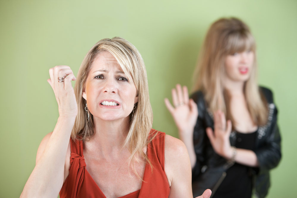 bigstock-Upset-Mother-And-Daughter-26556329.jpg