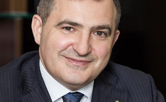 Lev_Khasis_Sberbank.jpg