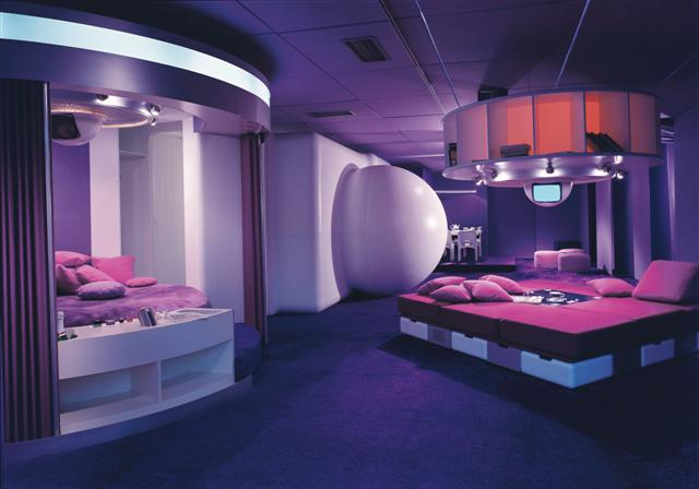"Colombo's ""Bedroom of the Future"" 1969"
