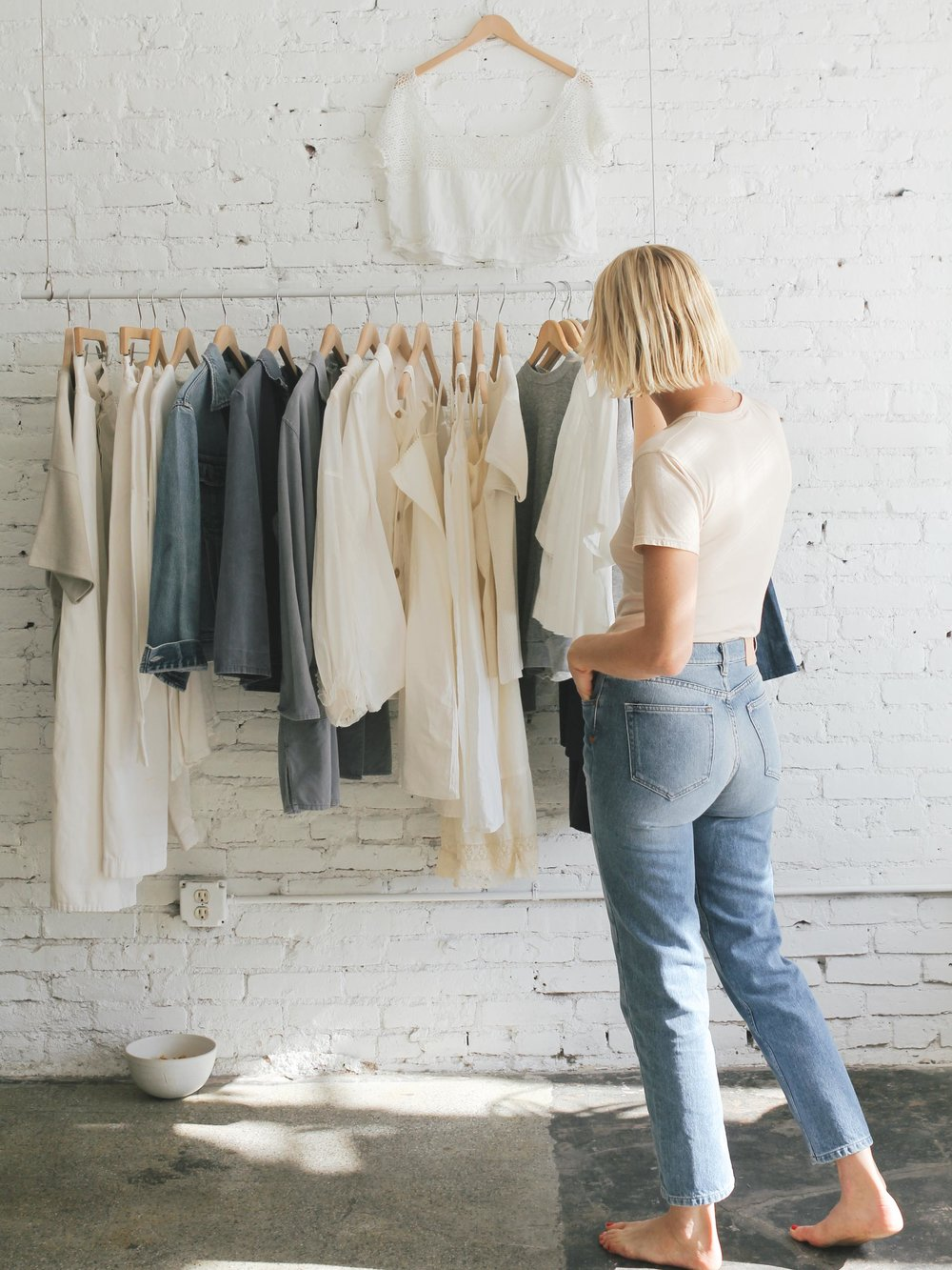 Candace wearing her Collector Fit denim in Medium Wash