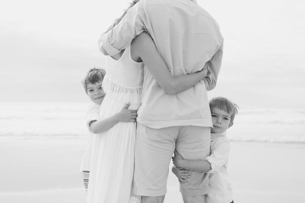 family photography, love, sydney photographer, family photographer, bondi beach, australia, pregnancy photographer, lifestyle photographer, bondi, famil, children,